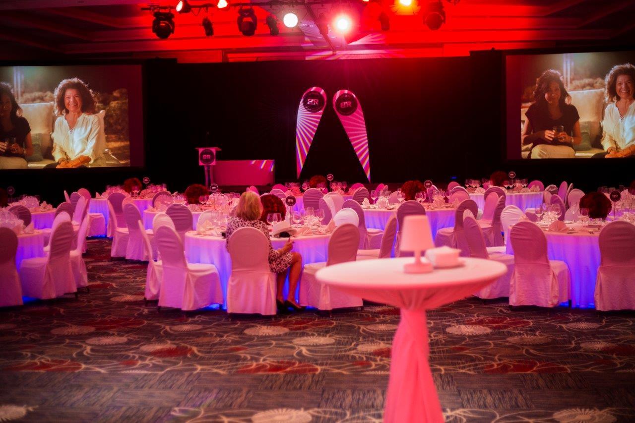 Bâton Rouge Restaurant Gala Cancun