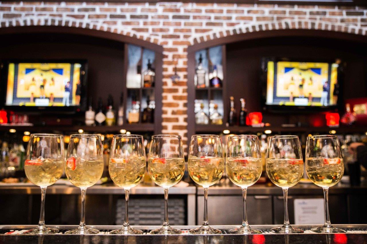 Samos in wine glass
